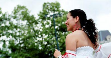 Ako sa obliecť na slávnostné chvíle a nepohořet?