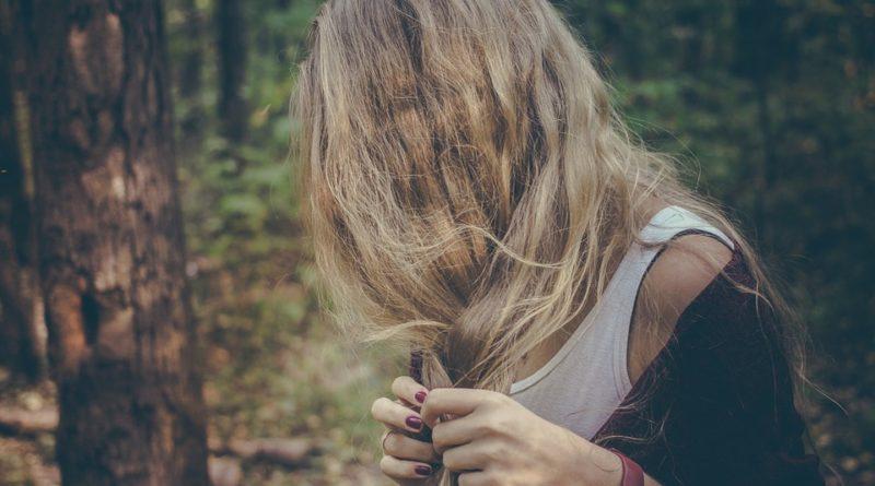 Ako sa zbaviť suchej pokožky hlavy?