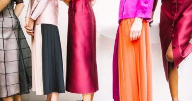 S akými plesovými šatami očaríte?