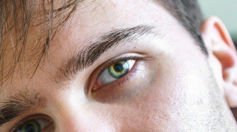 Sú vaše oči v poriadku? Všímajte si príznakov