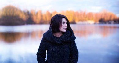 K jeseni a zime patria kabáty a kožúšky
