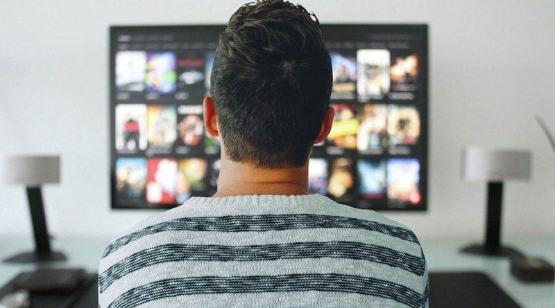 TOP 4 najlepších seriálov, ktoré je možné zhliadnuť na Netflix