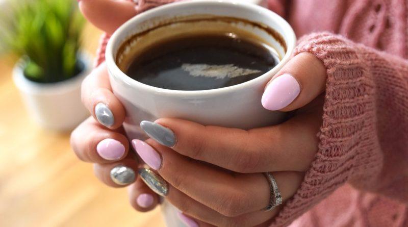 Znamenia, ktoré ukazujú, že by ste s kávou mali prestať
