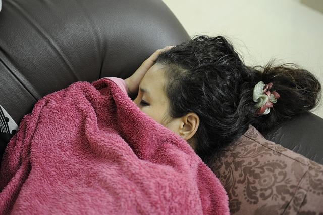 Dôvody, prečo sa nám zle spí. Skoncujte so svojimi zlozvyky a návyky