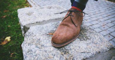 Ako hravo a rýchlo vyčistiť semišové topánky